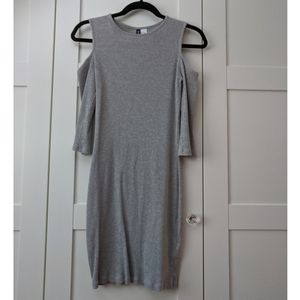 3/$25 H&M Divided Grey Cold Shoulder Dress